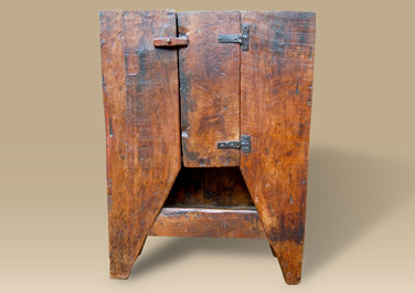 How to find High Quality Antique Oak Cupboards