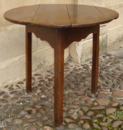 18th Century Oak Cricket Table