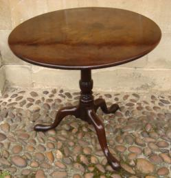 18th Century Tripod Mahogany Table