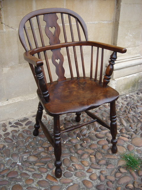A 19th Century Windsor Chair - A 19th Century Windsor Chair - Antique Chairs  - Antique - Antique Windsor Chair Value Antique Furniture