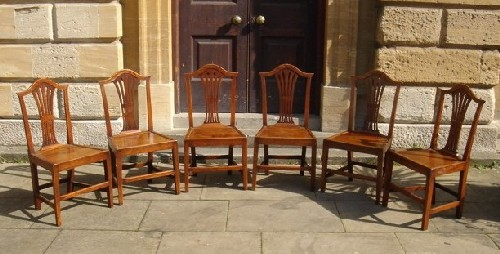 A Set Of  6 18th Century Elm Chairs