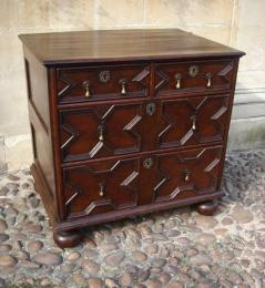 A Small & Well Proportioned 17th Century Oak Chest Of Drawers